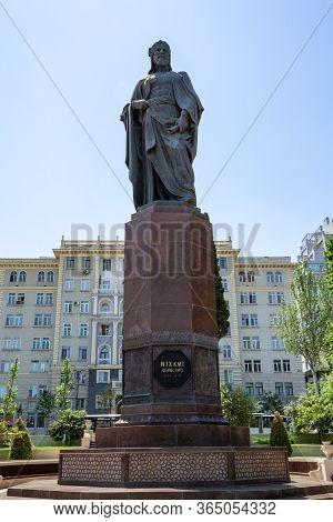 12-04-2020.baku.azerbaijan.monument To The Great Azerbaijani Poet And Writer Nizami Ganjavi In Baku