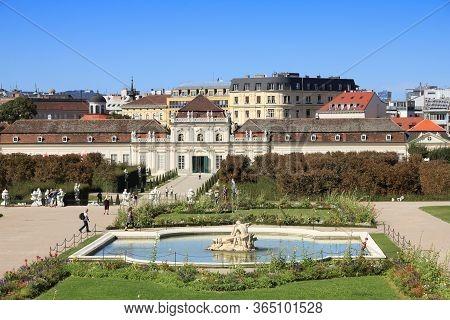 Vienna, Austria - September 4, 2011: People Visit Belvedere Gardens In Vienna. Vienna Is The 17th Mo