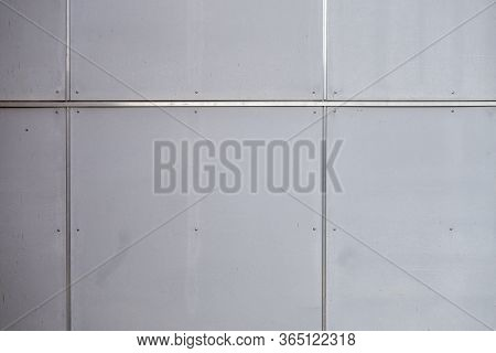 Silver Framing Metal Stainless Steel Tiled Plates Panels Of A Building Wall