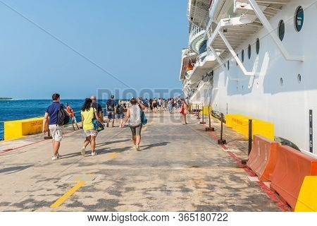 Costa Maya, Mexico - April 25, 2019: Cruise Ship Msc Seaside Docked In The Port Of Costa Maya With P