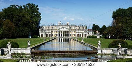Stra / Venezia, Italy - August 16, 2018: Villa Pisani, One Of The Most Famous Venetian Villas In Nor