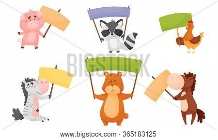 Animals Holding Blank Banners And Sign Boards With Their Limbs Vector Set