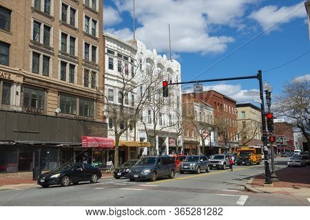 Lawrence, Ma, Usa - Apr. 24, 2019: Historic Comercial Buildings On Essex Street Between Appleton Str