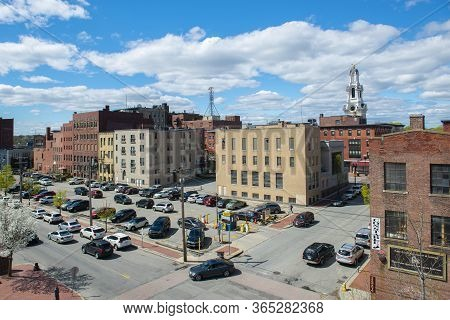 Lawrence, Ma, Usa - Apr. 24, 2019: Historic Buildings On Methuen Street At Appleton Street With City