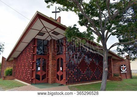 Mareeba, Qld/australia-may 4, 2020:  A Close Up The Mareeba Uniting Church With Door Signs Showing C