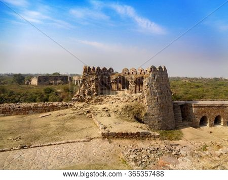 Tughlaqabad Fort Vintage Mughal Architecture Monument In Delhi