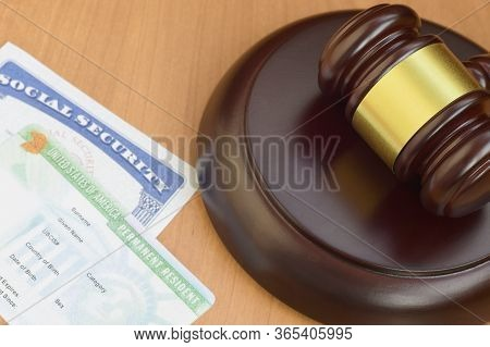 Justice Mallet And United States Social Security Ssn Number And Permanent Resident Green Card From D