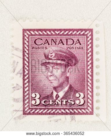 Seattle Washington - May 8, 2020: King George Vi War Issue Canadian Stamp Of 1942, With Margin And C