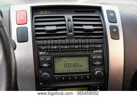Novosibirsk/ Russia - May 02 2020: Hyundai Tucson, A Close Up On A Black Panel With Radio,  Player A