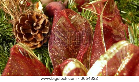 Christmas Wreath Pine Cones Background