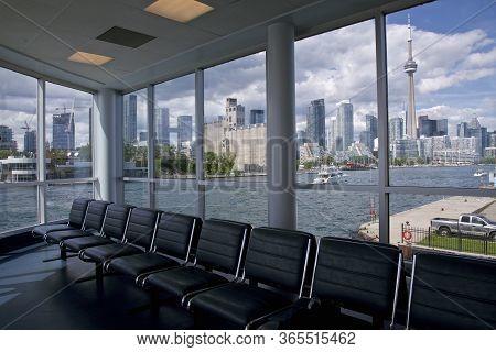 Toronto, Ontario / Canada - 03/07/2017: View Of Toronto Cityscape Through The Window Of The Billy Bi