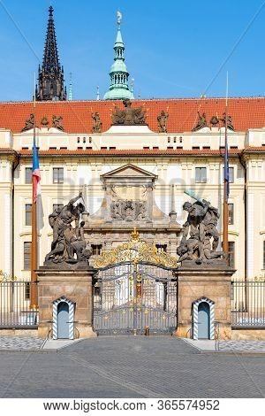 Hradcany Square And Matyas Gate - The Main Entrance To Prague Castle, Praha, Czech Republic