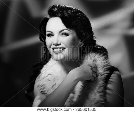 Bw Portrait Of Cheerful Gorgeous Woman In Fur Cape Posing In Hollywood Style
