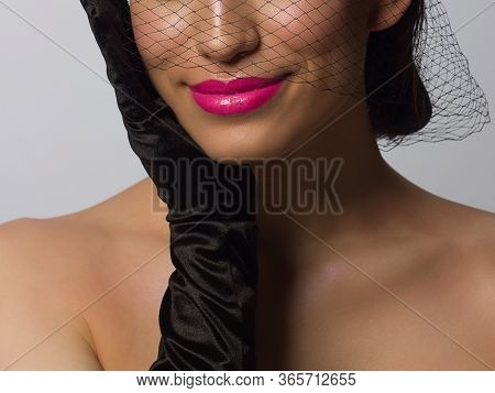 Sexual Full Lips. Natural Gloss Of Lips And Womans Skin. The Mouth Is Closed. Increase In Lips, Cosm