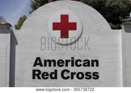 Kokomo - Circa May 2020: American Red Cross Sign. The American National Red Cross Provides Emergency