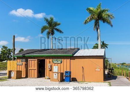 Everglades, United States Of America - April 27, 2019: Boat House At The Everglades National Park. T