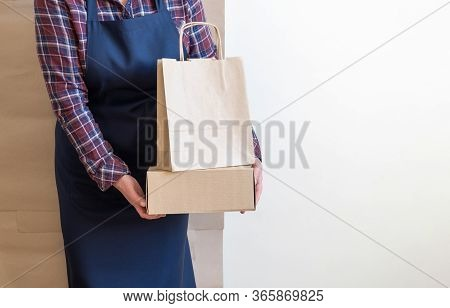 Worker Delivery Service Packing Bag Box Apron Packer Shipping Open Coffee To Go Copy Space