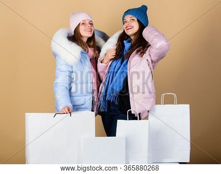 Sale And Discount. Women Friends Shopping Winter Clothes. Shopping Guide. Faux Fur. Shopping Bags. H