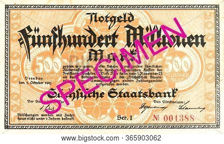 A Single 500 Million German Mark Bank Note (1923) Obverse