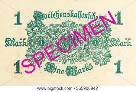 A Single 1 German Mark Bank Note (1914) Reverse