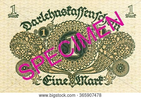 A Single 1 German Mark Bank Note (1920) Reverse