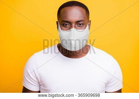 Closeup Photo Of American Man Look At Camera Quarantine Social Safety Epidemic Concept Wear T-shirt