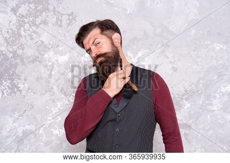 I Trust Only Myself. Bearded Man With Straight Razor. Brutal Man With Beard Holding Shave Razor. Hip