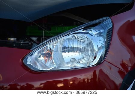 Pasay, Ph - Dec 8 - Mitsubishi Mirage Headlight At Bumper To Bumper Car Show On December 8, 2018 In