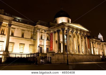 National Gallery located on the north side in Trafalgar square was built between 1834 and 1838. It houses a collection of more than 2300 paintings including work from van Gogh Renoir Leonardo da Vinci and Claude Monet. poster