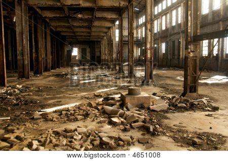 Warehouse Long Shot