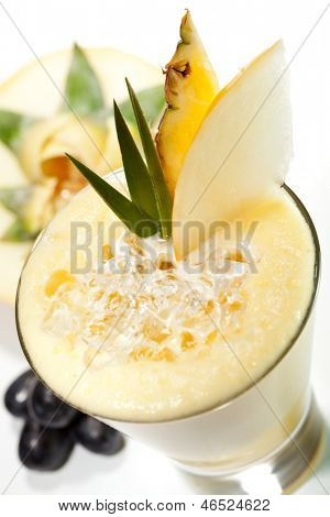 Smoothie with Melon, Lime and Pineapple