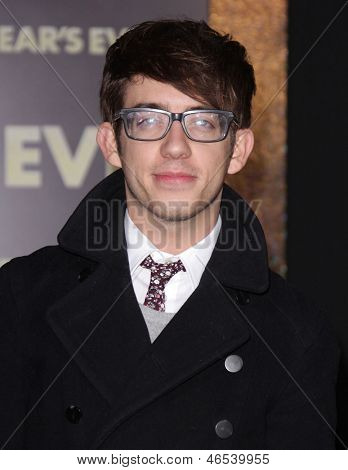 LOS ANGELES - DEC 05:  KEVIN McHALE arriving to