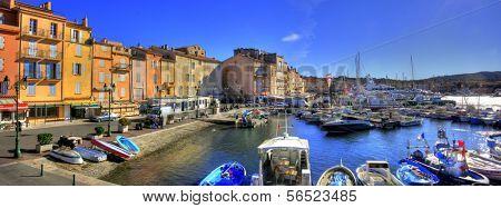 SAINT TROPEZ - NOV 2009: Harbour of Saint Tropez, France in Saint Tropez, C�´te d'Azur, France, on November, 2009.