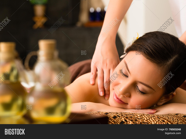 Massage therapy asian 4