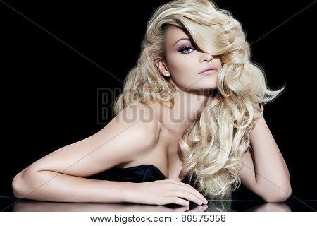 Blond Diva