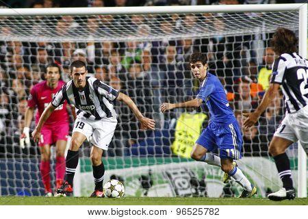 LONDON, ENGLAND. September 19 2012 Juventus's Italian defender Leonardo Bonucci and Chelsea's Brazilian midfielder Oscar during the UEFA Champions League football match between Chelsea and Juventus