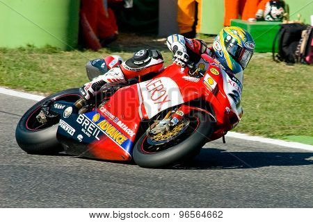 Rome, Italy - September 30 2007. Superbike Championship, Vallelunga Circuit. Troy Bayliss
