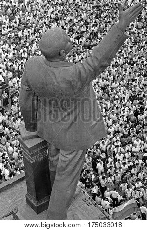 BAKU AZERBAIJAN USSR - MAY 191989:people came to the meeting with the requirements of national independence