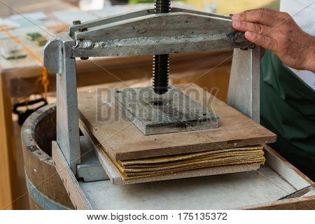 Wooden Manual Printing Press, caftman theme object