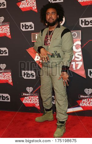 LOS ANGELES - MAR 5:  Kent Jones at the 2017 iHeart Music Awards at Forum on March 5, 2017 in Los Angeles, CA