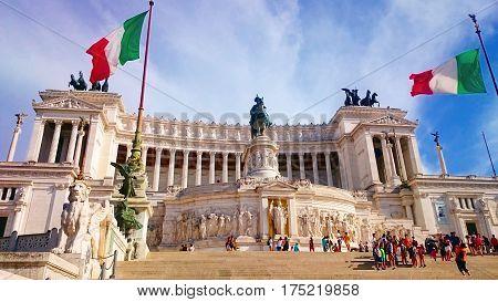 Altar of the Fatherland (Altare della Patria) known as the Monumento Nazionale a Vittorio Emanuele II (