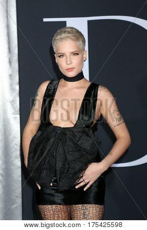 LOS ANGELES - FEB 2:  Halsey, Ashley Nicolette Frangipane at the