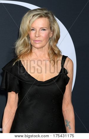 LOS ANGELES - FEB 2:  Kim Basinger at the