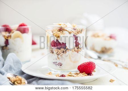 Healthy Energy-boosting Granola And Yogurt Breakfast