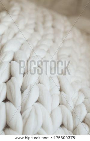 Super Chunky Yarn, White Plaid