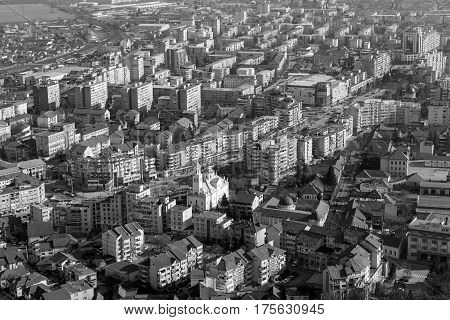 Black and white aerial view of the Deva city