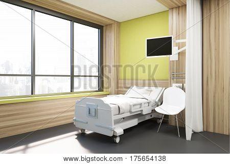Big Window Ward, Yellow Walls