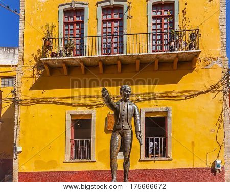 Miguel Hidalgo Statue Alhondiga de Granaditas Guanajuato Mexico. Statue located at spot where Hidalgo led attack on Granary in 1810 Mexican War of Independence. Hidalgo was the head of the rebellion lost the war executed and his head was exhibited from th