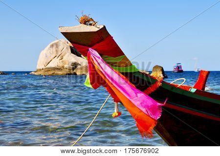 Prow Asia  The  Kho Tao Bay Isle White