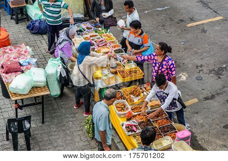 Kota Kinabalu,Sabah,Malaysia-Feb 27,2017:Street local foods in Segama,Kota Kinabalu,Sabah.Kota Kinabalu is known as one of the most vibrant & popular food capitals in the Sabah,Borneo,Malaysia,Asia.